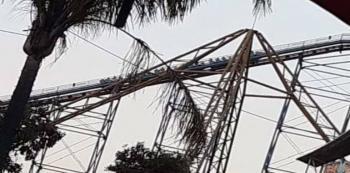 Falla juego mecánico en Six Flags. Ocasiona crisis nerviosa
