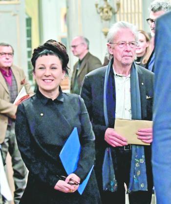 Desaire, protestas … boicotean entrega del Nobel a Peter Handke