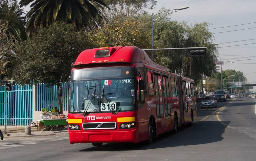 Estas estaciones del Metrobús serán cerradas por llegada de peregrinos