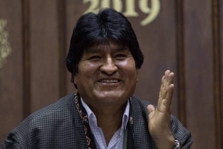 Evo regresará a su exilio en México: Fernández Noroña