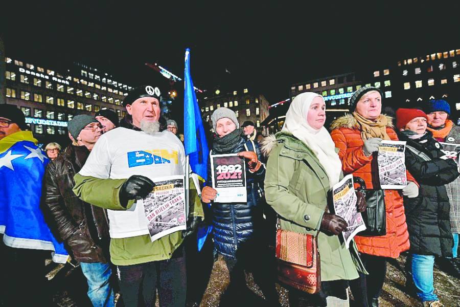 Protestas ensombrecen Nobel de Handke