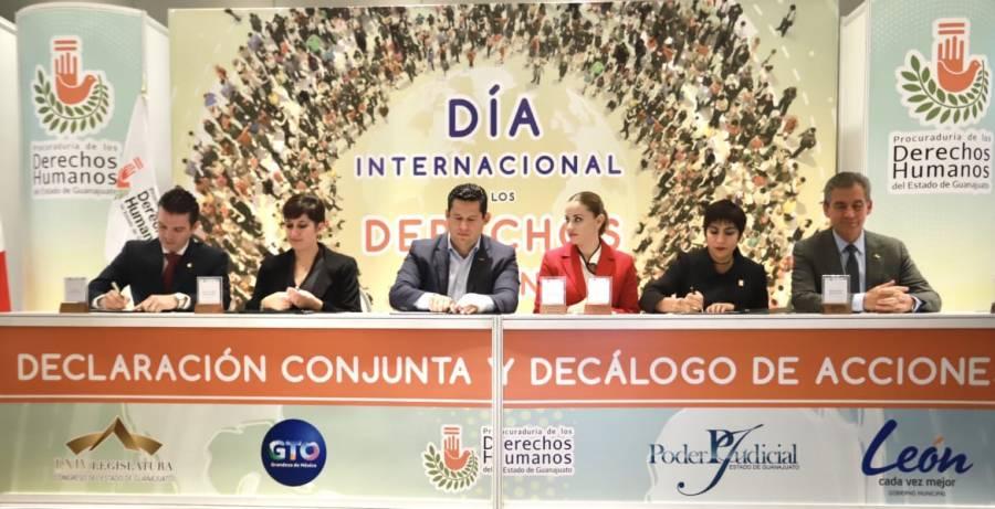 Jóvenes, los constructores del nuevo futuro para la sociedad: Diego Sinhue