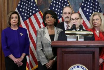 Oficial: Demócratas presentan cargos formales contra Trump