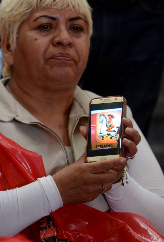 """Los artistas son libres de expresarse, dice López Obrador sobre pintura de Zapata en """"tacones"""""""