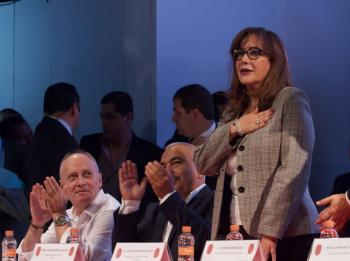 INE: Morena debe pagar multas pese a renuncia de recursos