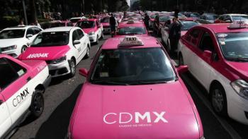 Taxis rompen diálogo conSegob; amagan con otro paro