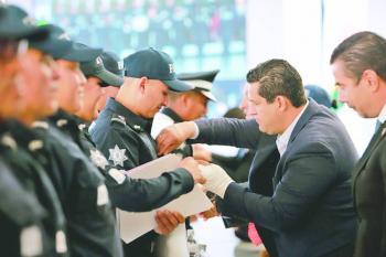 Policías de Guanajuato serán los mejor pagados