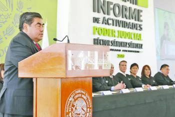 Va Miguel Barbosa por reforzar las instituciones