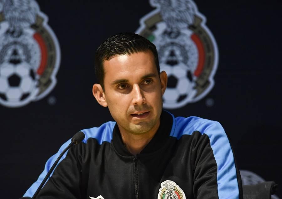 Luis Enrique Santander y César Ramos designados para la final de la Liga MX