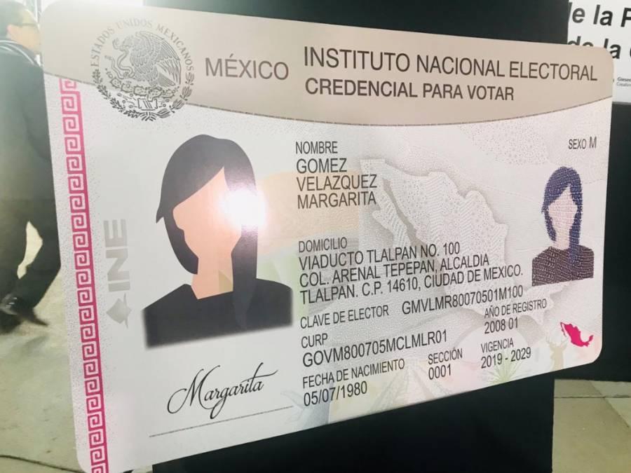 INE presenta nuevas características de la credencial para votar
