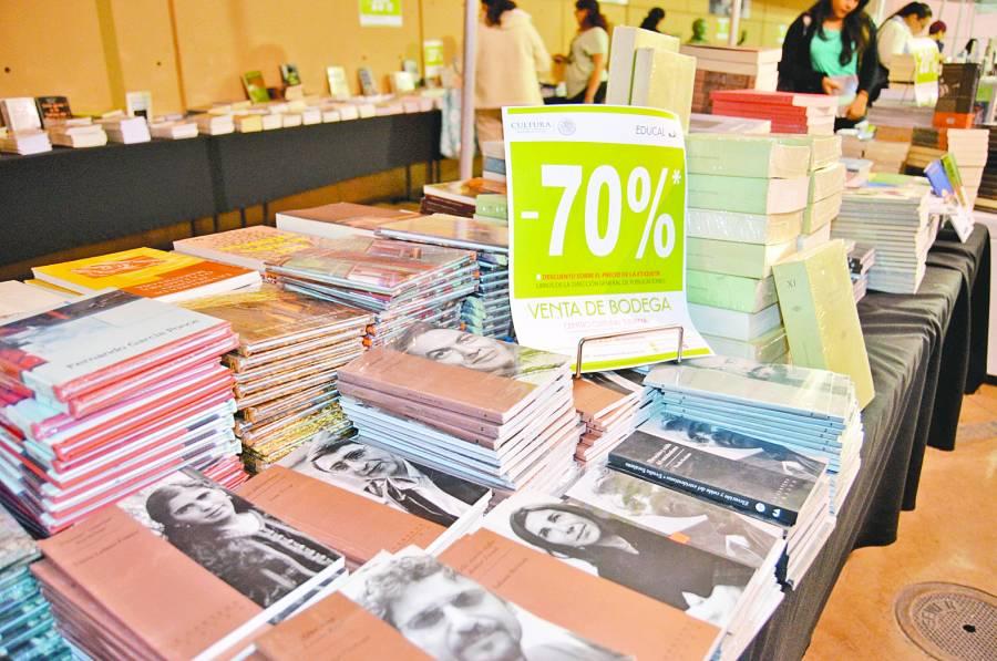 Industria editorial reclama cuentas claras a Educal
