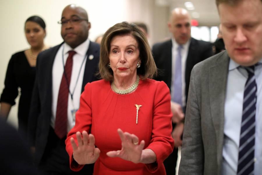 """""""Pelosi tiene miedo de presentar el impeachment en el Senado"""": Trump"""