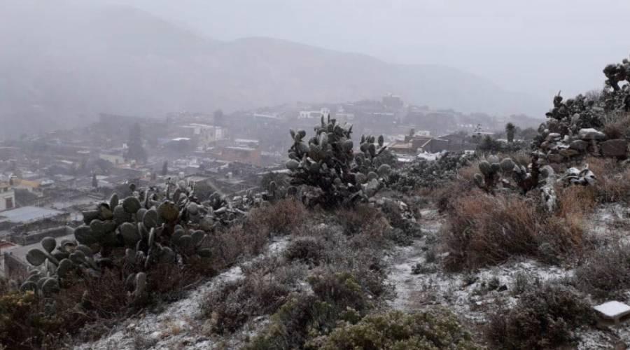 Real de Catorce amanece bajo nieve