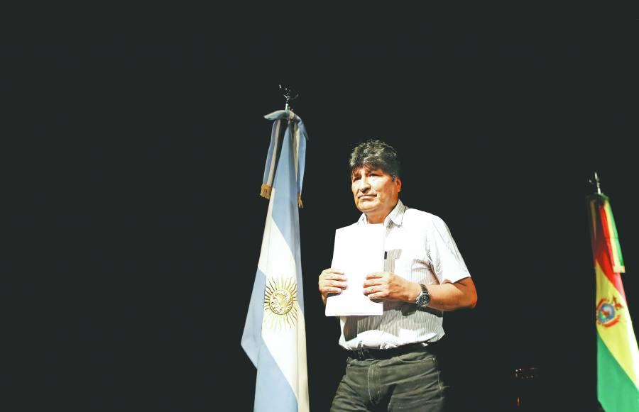 Evo elige a candidatos  del MAS desde Argentina