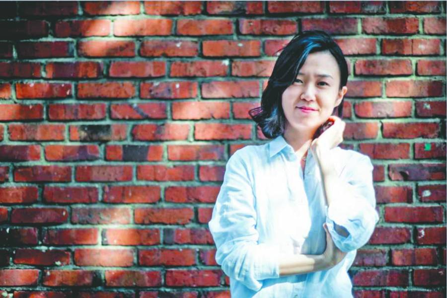 Libro de superventas levanta oleada feminista coreana