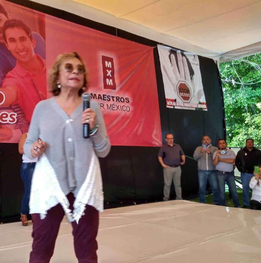Gordillo gastó 29.5mdpdel SNTE en regalos a políticos