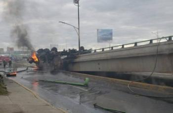 Cierran tramo de la México-Pachuca por volcadura de pipa