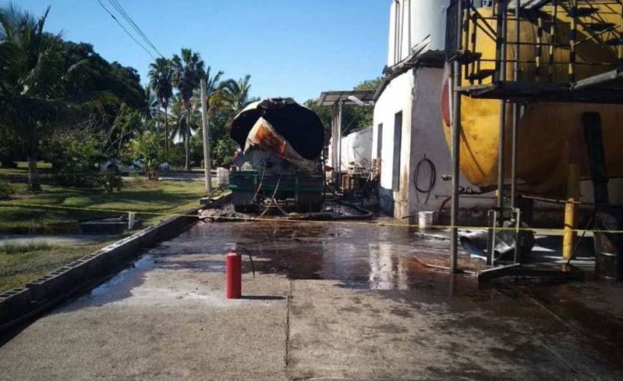 Explosión de pipa deja un muerto en Altamira