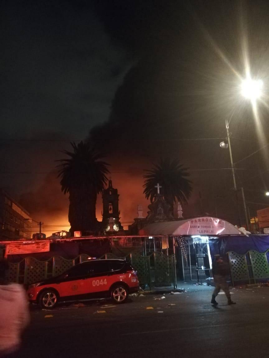 Se registra fuerte incendio en la Merced