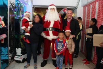 Internas de Santa Marha celebran la Navidad con sus hijos