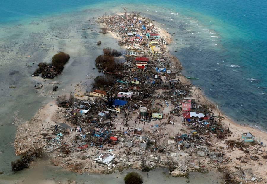 Tifón en Filipinas cobra la vida de al menos 16 personas