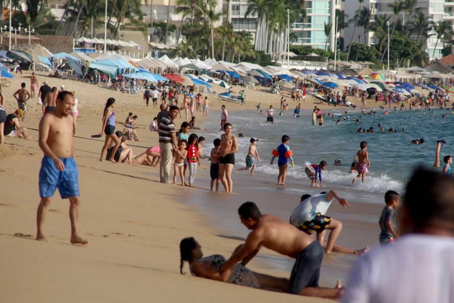 Alerta Cofepris riesgo en tres playas de Guerrero