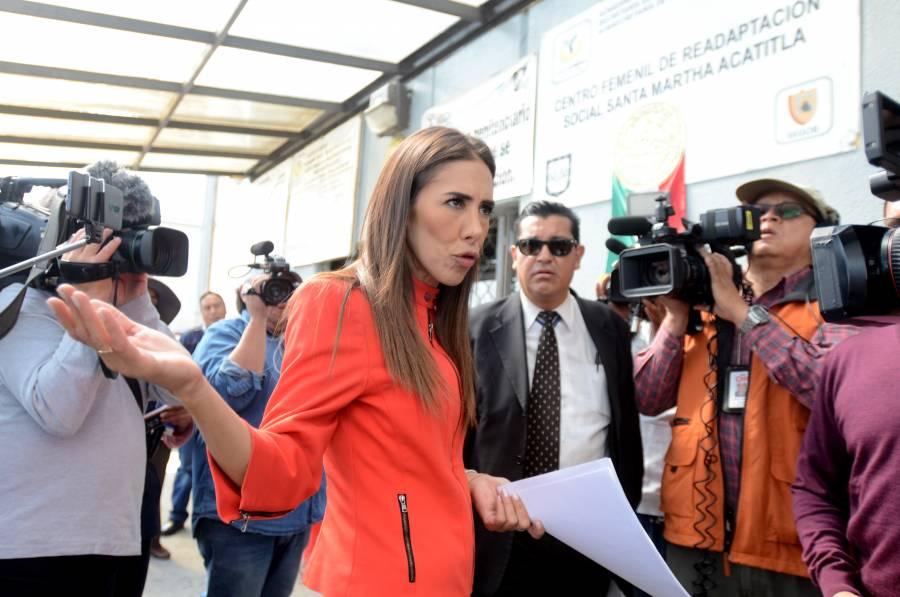 Solicita hija de Rosario Robles audiencia con Gertz Manero