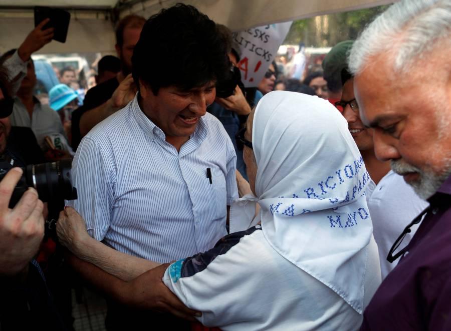 "Defiende Evo Morales a López Obrador de ""Tuto"" Quiroga"