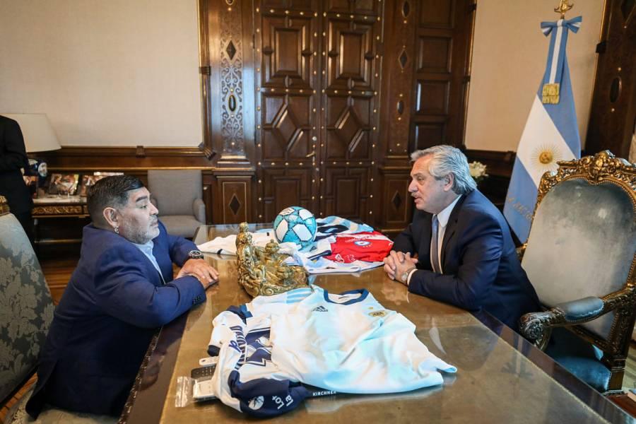 Maradona se reunió con el nuevo presidente argentino