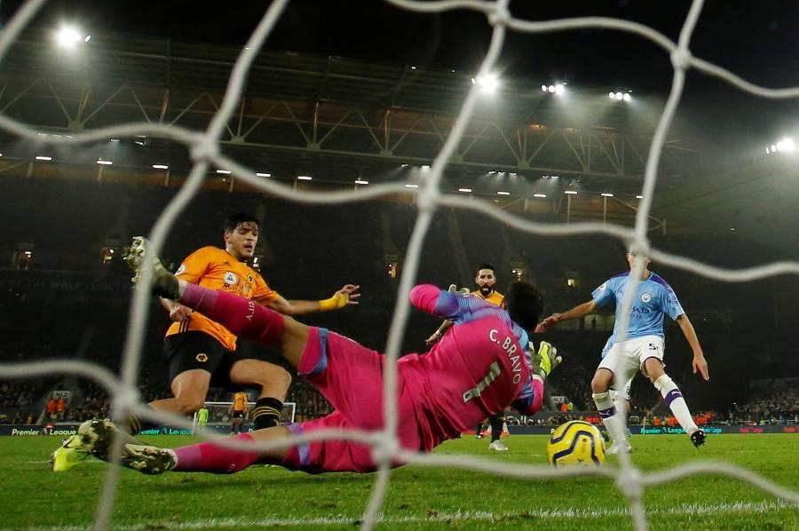 Jiménez y el Wolverhampton remontan al City de Guardiola
