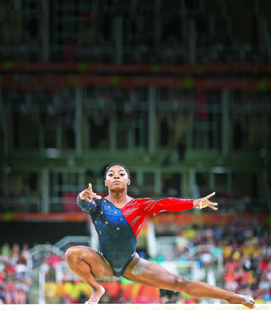 Por segunda vez eligen a Simone Biles como mejor atleta del año