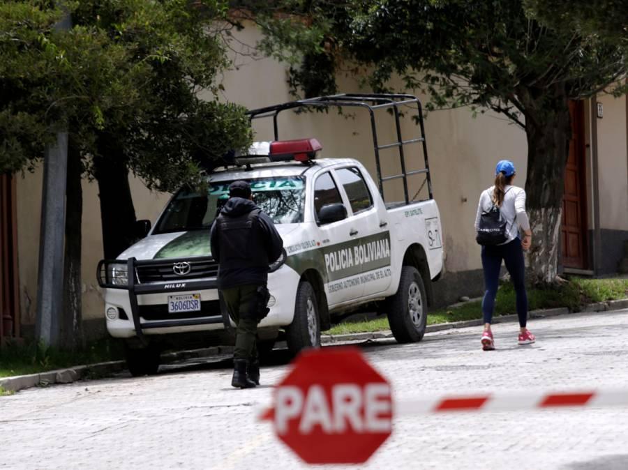 """España sospecha que sus diplomáticos en Bolivia cayeron en una """"trampa"""""""