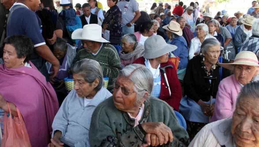 Proponen Multas o prisión a los que abandonen a adultos mayores