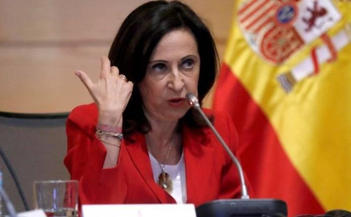 España da 72 horas a tres diplomáticos bolivianos para salir
