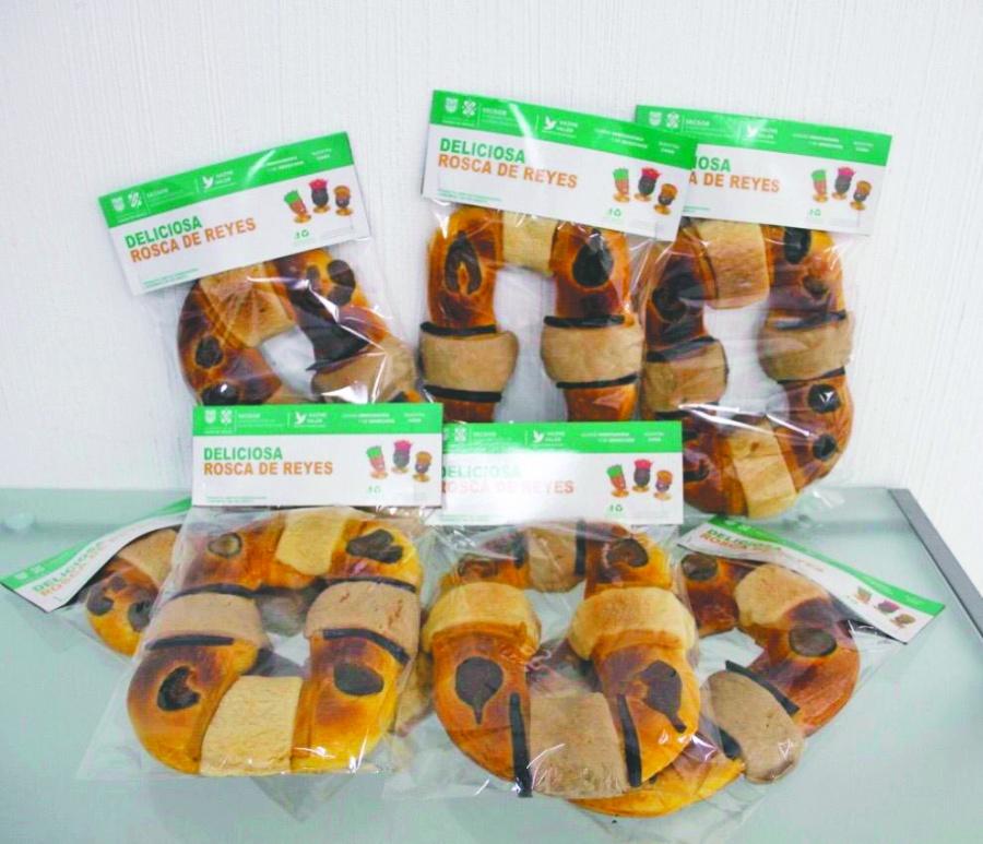 Inicia venta de roscas de Reyes hechas por reclusos