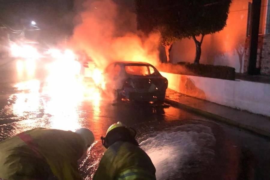 Queman autos en Villahermosa tras detención del líder de un cártel
