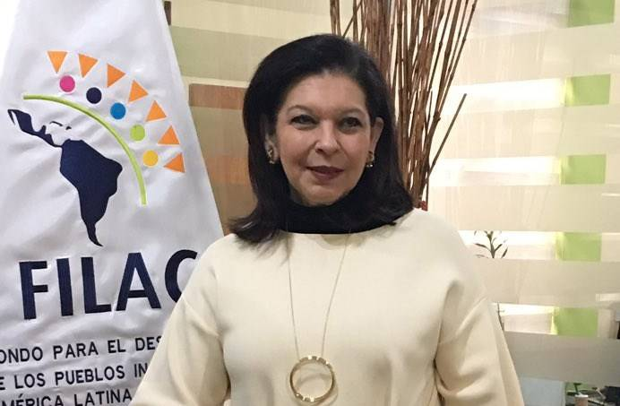 Embajadora de México sale de Bolivia