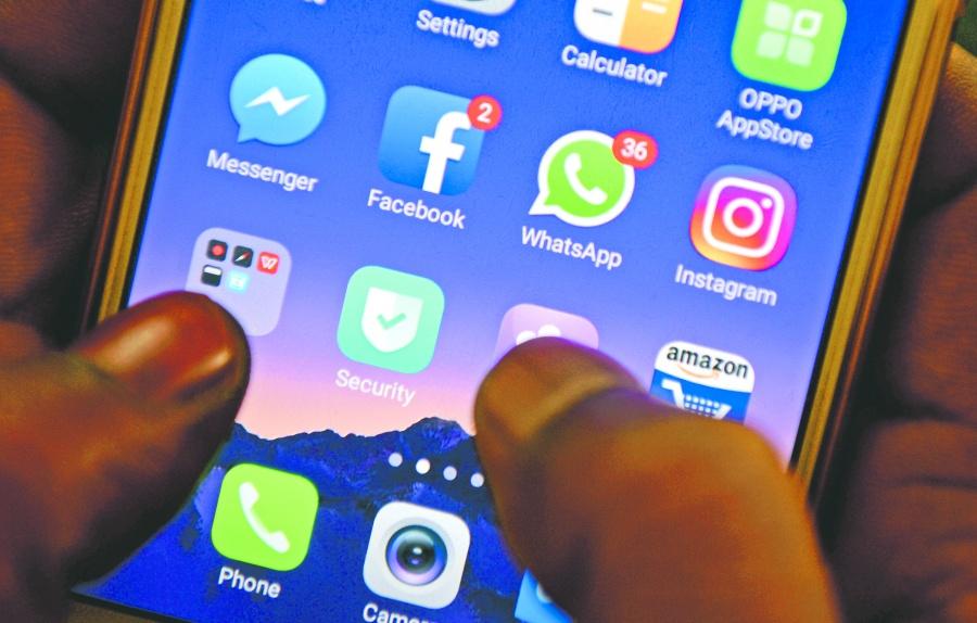 Brasil multa a Facebook por  1.6 mdd por filtrar datos