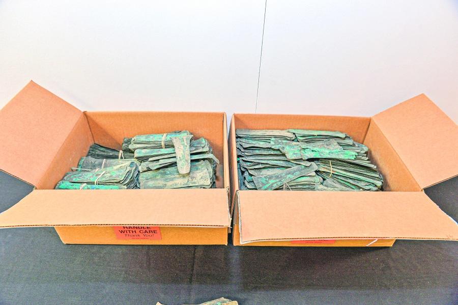 EU devuelve a México 3,500 monedas mesoamericanas