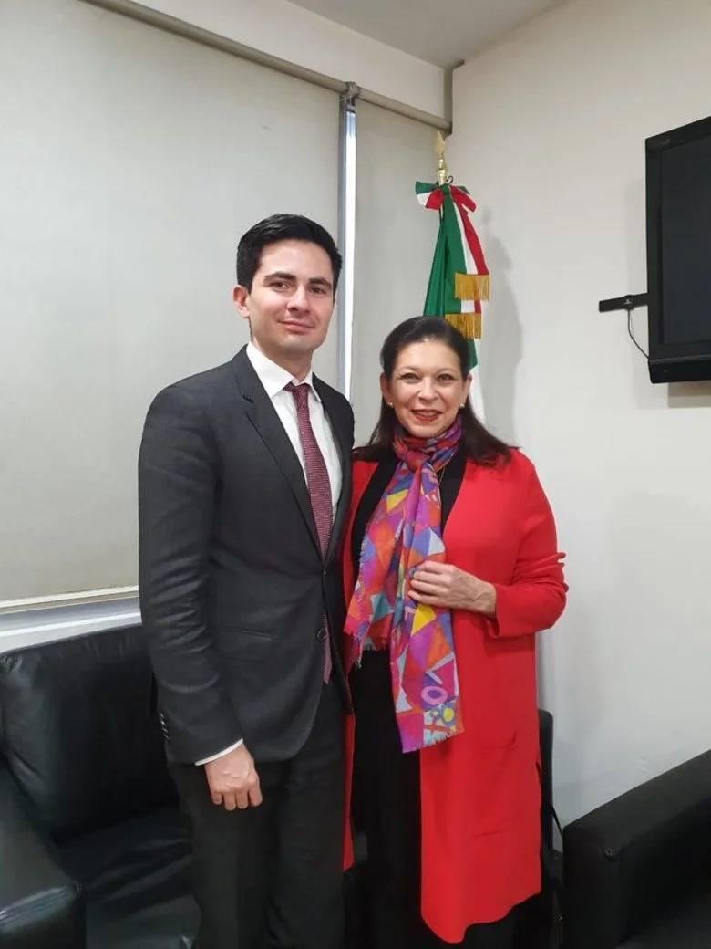 Arriba a México Teresa Mercado, embajadora de México en Bolivia