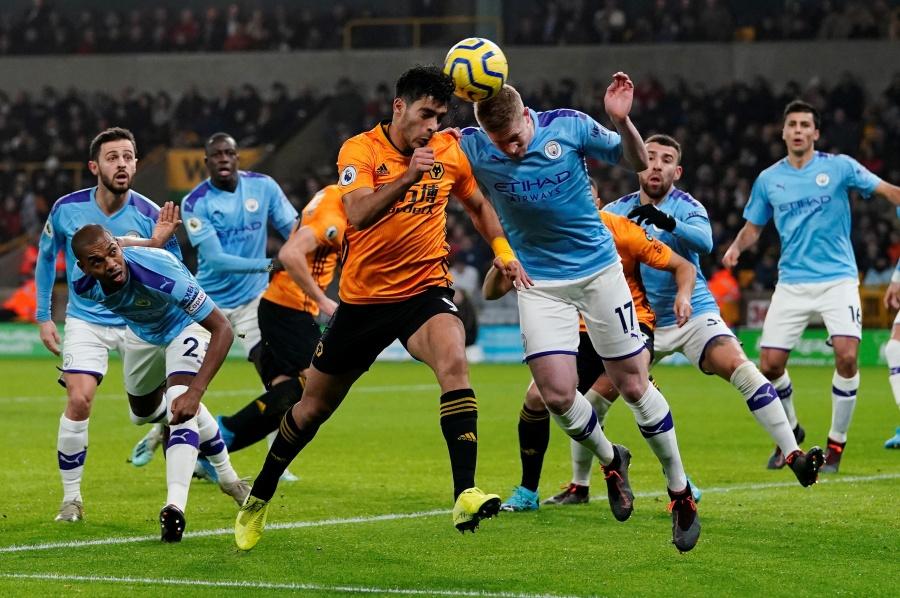 Con casi 2 años en los Wolves, Raúl Jiménez entra al olimpo inglés
