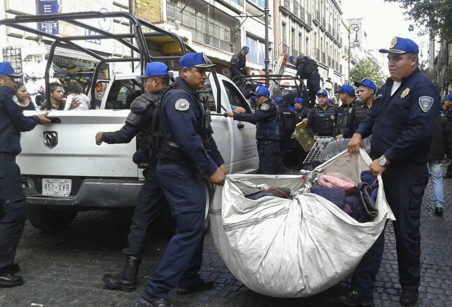Se da a conocer un video con una gresca entre ambulantes y policías de la CDMX