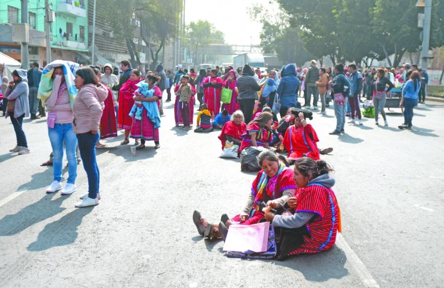 Triquis piden a CNDH convocar a mesas de diálogo para lograr paz