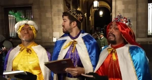 Alto a la violencia contra niños demandan Reyes Magos fuera de Palacio