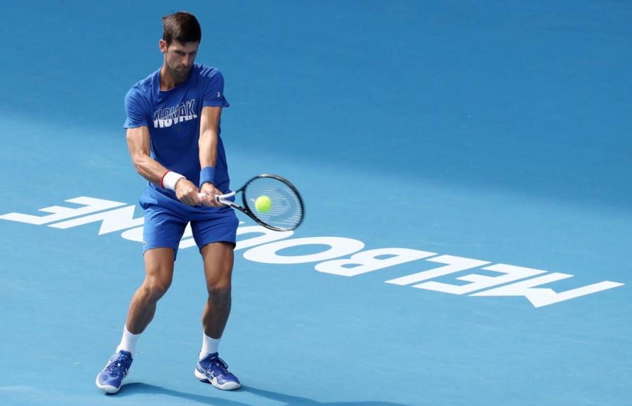 Abierto de tenis en Australia pende de un hilo