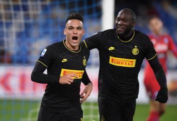 "Inter de Milán hunde al Napoli del ""Chucky"""