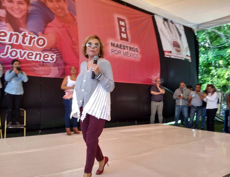 Desea Elba Esther Gordillo un feliz regreso a clases