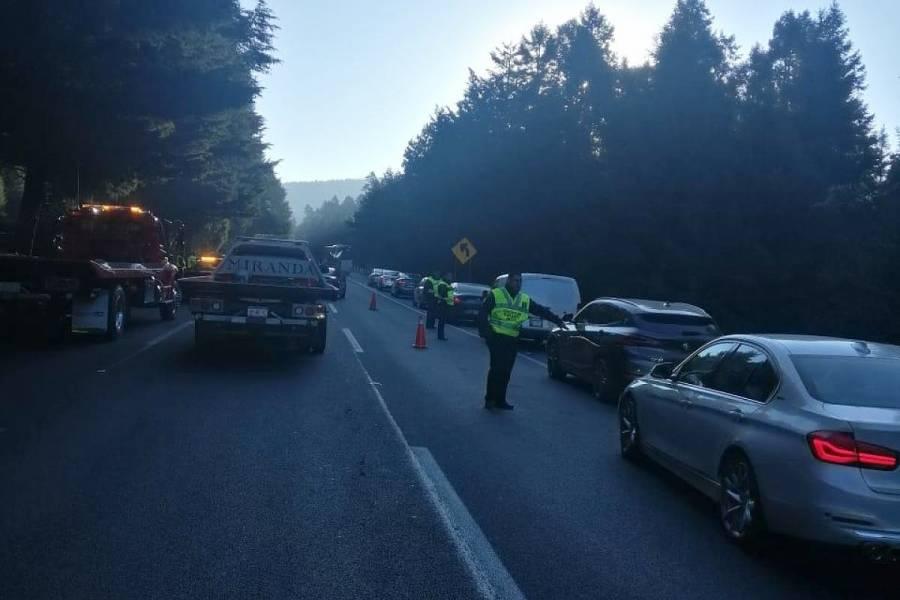 Choque deja un muerto en la autopista México-Toluca