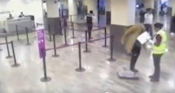 Sujeto denuncia que Volaris rompió jaula de su perro y la aerolínea lo exhibe