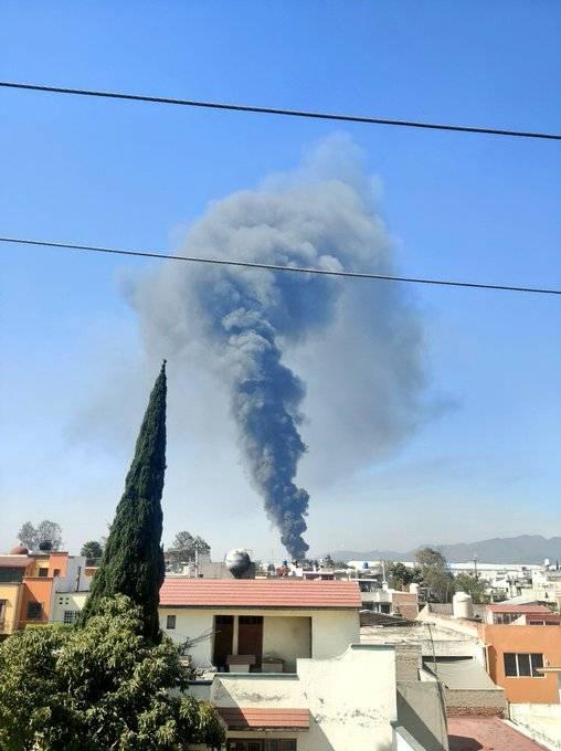Controlan incendio registrado en empresa recicladora de Cuautitlán Izcalli